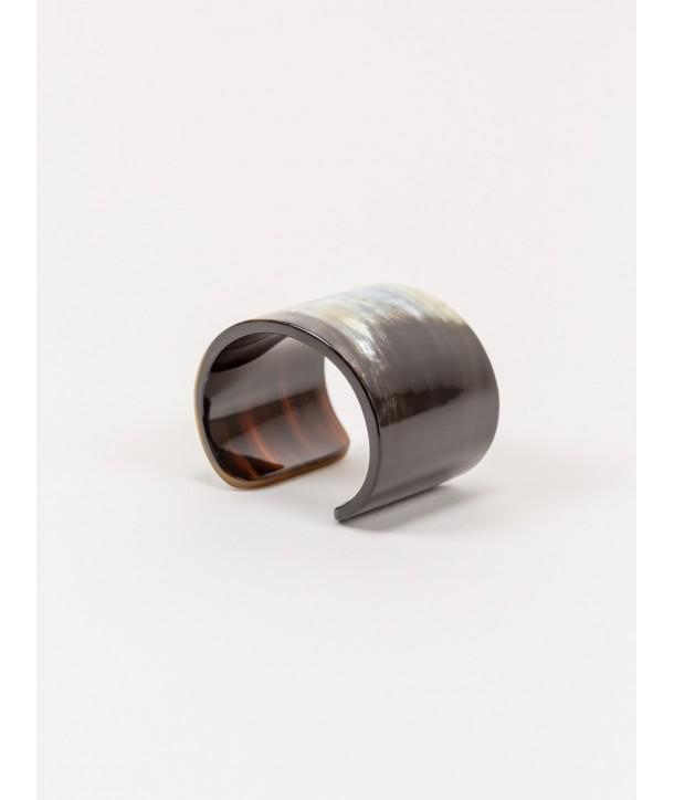 Marbled black horn cuff