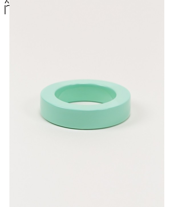 Round green mint lacquered bracelet with straight edge size M