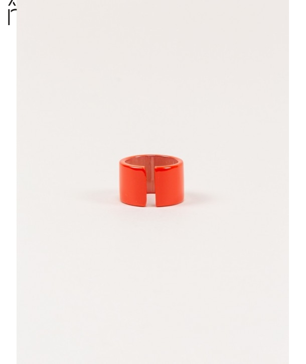 Jonque ring in blond horn and orange lacquer