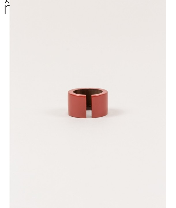 Jonque ring in horn and brick lacquer
