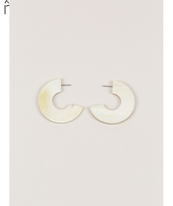 "Onde"" earrings in blond horn"""