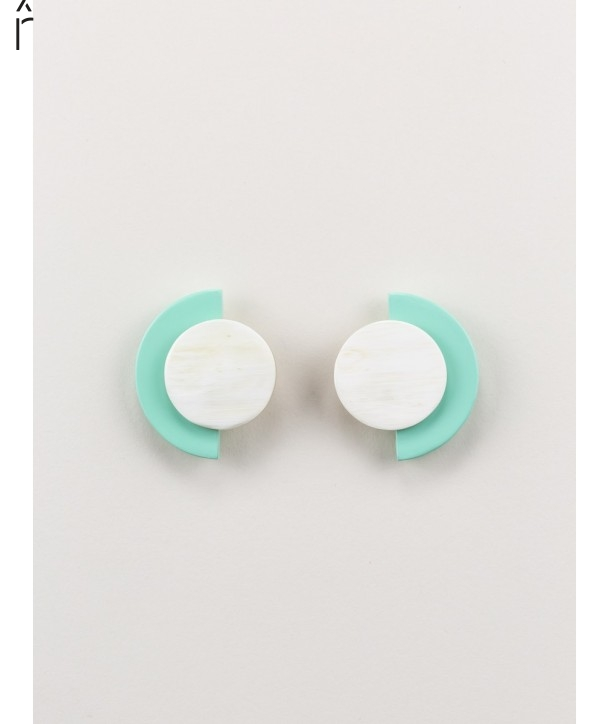 """Terrasse"""" earrings in blond horn and mint lacquer"""""""