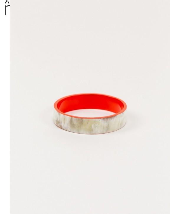 "Bandeau"" medium bracelet in blond horn and orange lacquer"""