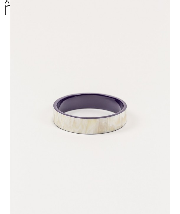 "Bandeau"" medium bracelet in blond horn and purple lacquer"""