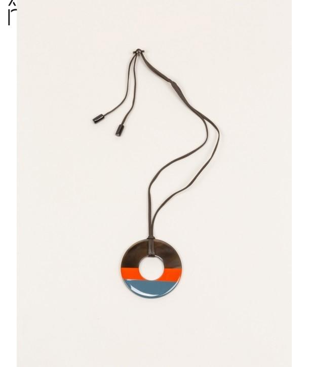 Pendentif anneau sabot de buffle et laque couleur orange gris