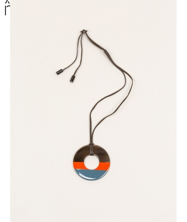 Ring pendant in buffalo hoof and bicolor lacquer
