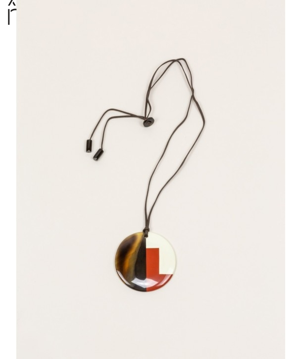 Disc pendant in buffalo hoof and brick and ivory lacquer