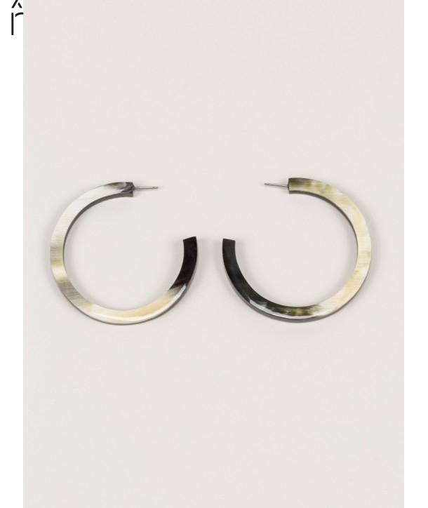 Boucle d'oreille grands anneaux ronds bords droits en corne noire Africaine