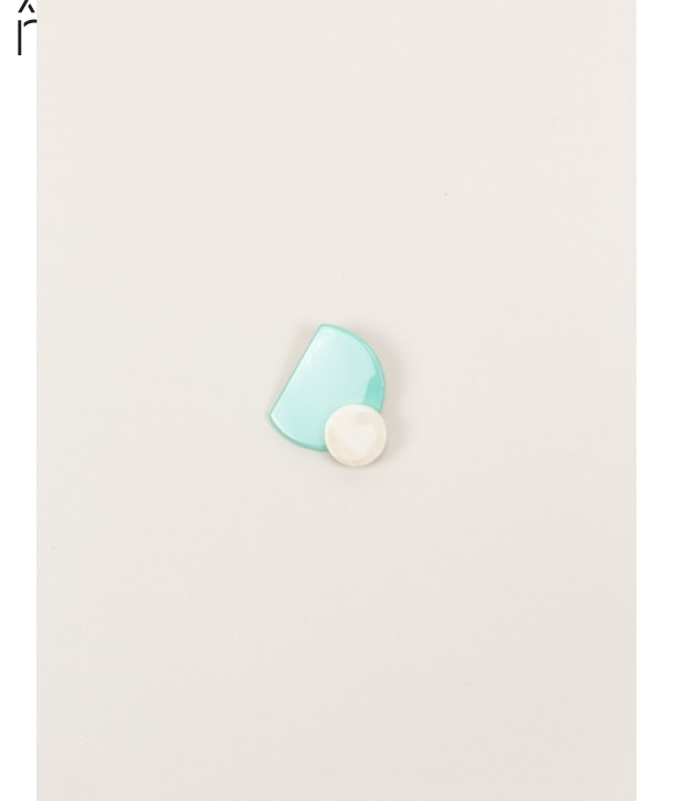 """Eclipse"""" mint green lacquered brooch in blond horn"""""""