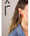 Boucles d'oreilles disque laqué bicolore orange et gris-bleu