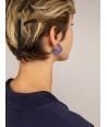 Boucles d'oreilles anneau plat ouvert laqué bicolore bleu indigo et café crème
