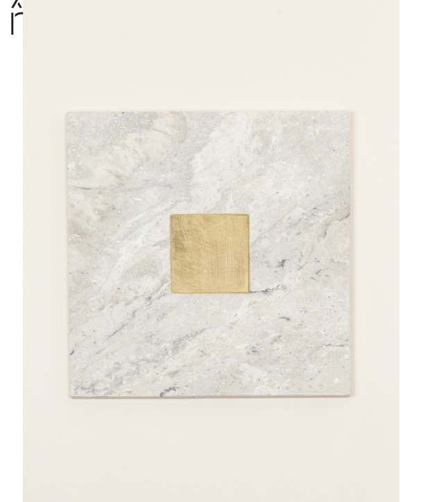 Natural stone square tablemat with brass central square