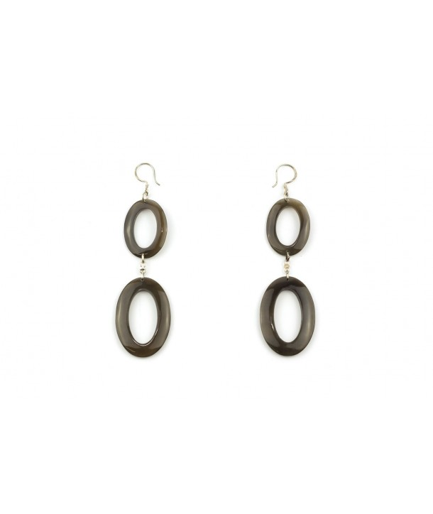 Double oval earrings in hoof