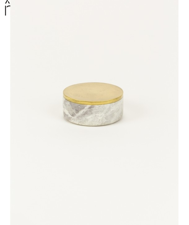 Small wide round box in stone with coppery brass coated lid