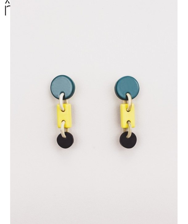 A3 earrings in blond horn and tricolor lacquer