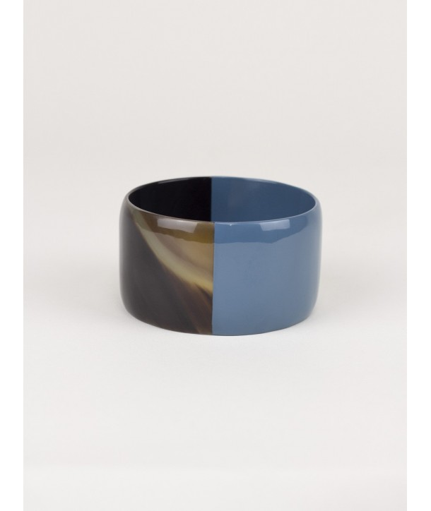 Broad gray-blue lacquered bracelet