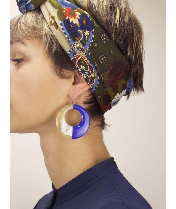 Boucles d'oreilles anneau laqué indigo
