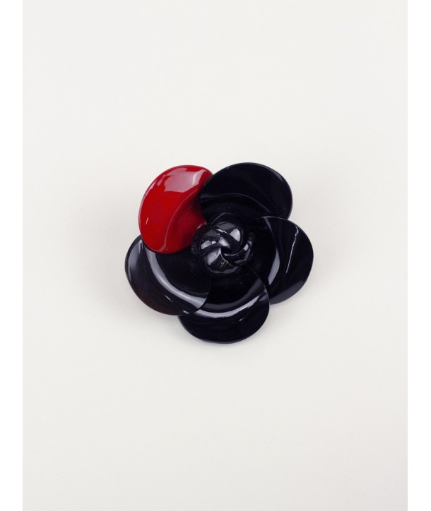 Red lacquered camellia brooch