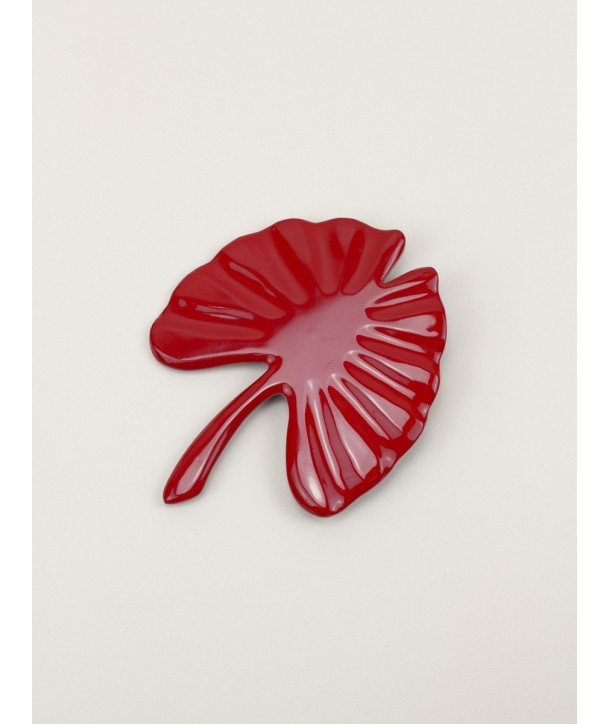 Large red lacquered gingko brooch