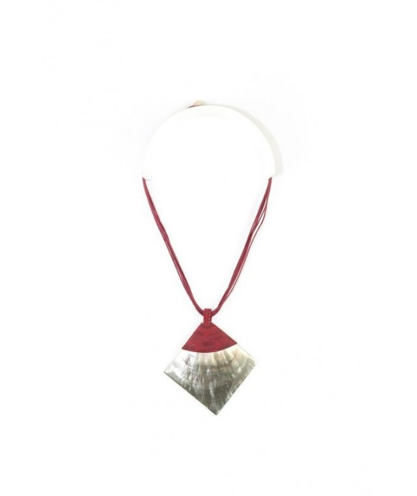 Brown moter-of-pearl rhombus pendant sheathed in burgundy cotton