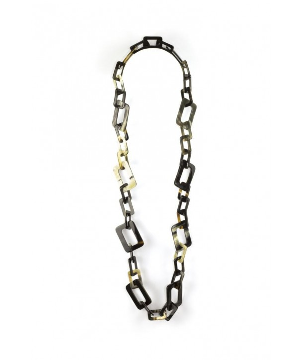 Small and big rectangular rings long necklace in marbled black horn