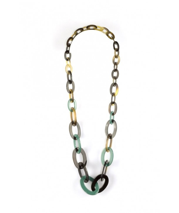 3-size flat oval rings long necklace with emerald green lacquer